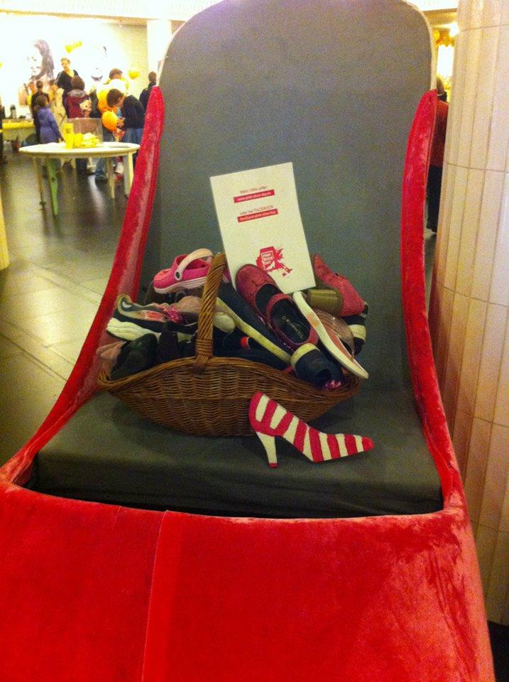 Pink Shoe von Oper