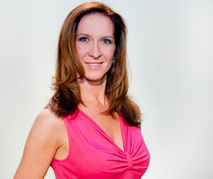 Juliane Hennig ist die Stimme des Pink Shoe Day 2014