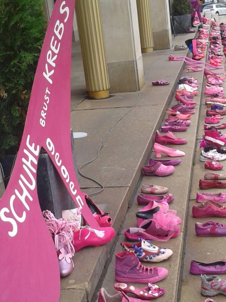 Schuhe gegen Krebs